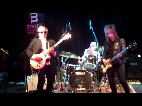 NEW YORK JUNK play Poison Heart by Joe Sztabnik & Dee Dee Ramone