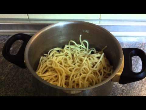 Recetas fáciles: Espaguetis con tomate - Recetas fáciles de pasta