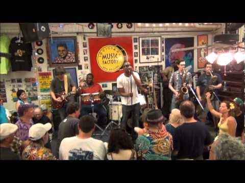 Trombone Shorty @ Louisiana Music Factory JazzFest 2012 - PT 1