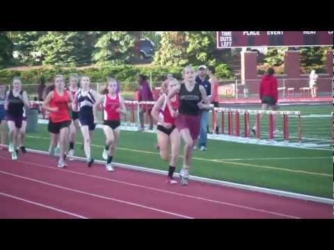 Girls 3200 m Altoona Middle School Track Championship