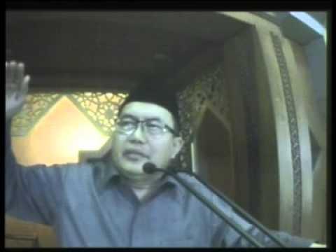 KH. Wahfiudin Sakam, SE., MBA - Jumat, 18 April 2014