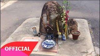Chuyện tâm linh có thật - Hòn đá thiêng Bí ẩn nghìn năm 'mọc' ở ngã ba khiến cả làng đổ xô cúng bái