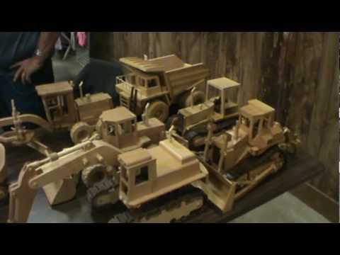 Wooden Equipment and trucks- Deming log show - YouTube