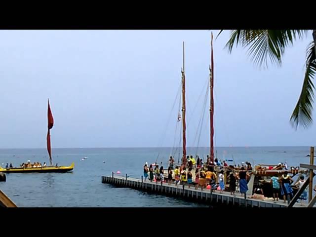 Hokulea World Wide Voyage Keauhou Bay 2013