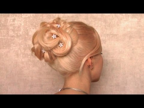 Holiday updo hairstyle for medium long hair | Big elegant bun for New Year's eve party