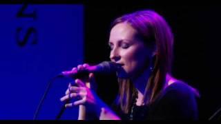 Julie Fowlis - 'Hùg air a Bhonnaid Mhor'