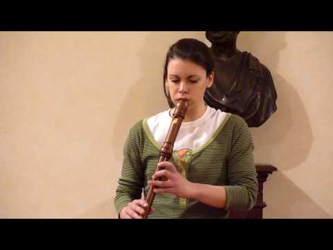 Esashi Oiwake played by Giulia Breschi
