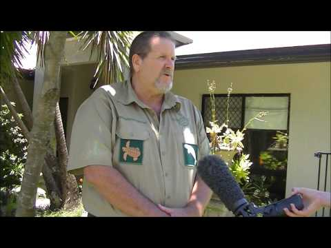 Bob Irwin listens to ColinWhoCares on dredging the Great Barrier Reef
