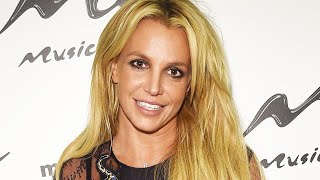 Britney Spears Is Spotted at Yogurt Shop