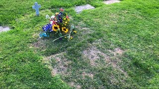 Why Is Rich Piana Buried In A Unmarked Grave????
