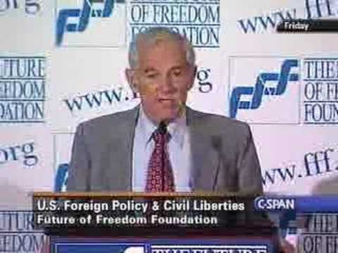 Ron Paul slams Barack Obama!!