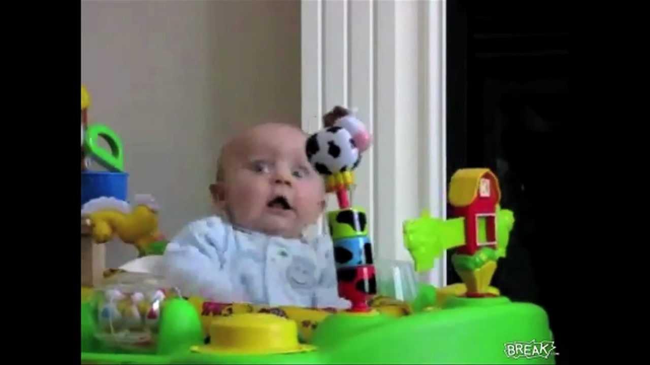 Como reacciona un bebé a la música de Skrillex
