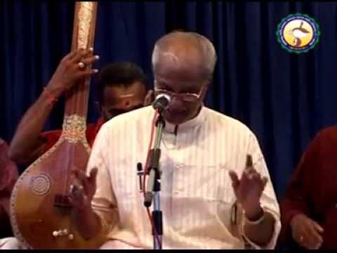 Prof.venkataramanan (paramakula. Pada Varnam. Sowrashtram.) video