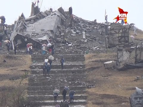 Жители Донбаса пришли на Саур-Могилу почтить память павших