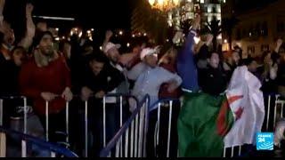 الفرحة تعم شوارع الجزائر بعد تأهل الخضر!
