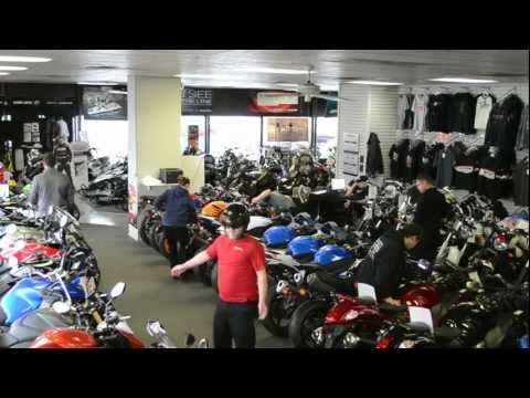 Harlem Shake (Motorcycle Dealership Style)