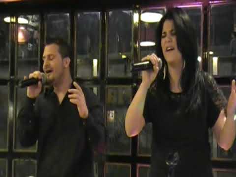 Tan Enamorados por el (DUO OCTUBRE) cantantes argentinos
