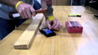 Nokia Lumia Screen 900 Hammer Test