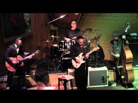 29.04.2012: Jimmie Vaughan + The Tilt a Whirl Band feat. Lou Ann Barton