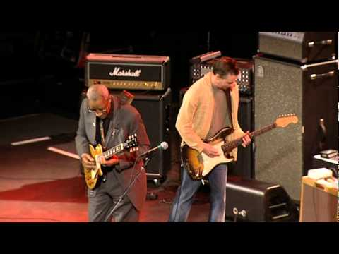 Mike McCready on Killing Floor from the Experience Hendrix DVD