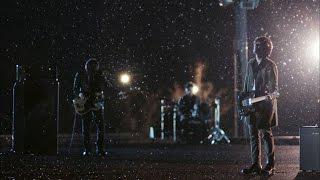 "back number - 新譜シングル「クリスマスソング」2015年11月18日発売予定 ""クリスマスソング""のMVを公開 フジ月9ドラマ「5→9 ~私に恋したお坊さん~」主題歌 thm Music info Clip"
