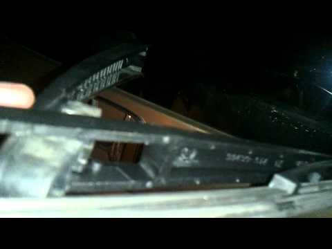 How to Replace Rear Wiper Blade on a 2007 Honda Odyssey