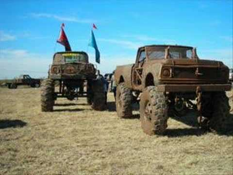 Mud Trucks! Video