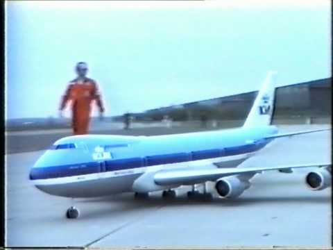 Boeing 747 RC model First Flight