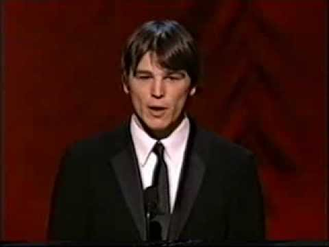 Josh Hartnett presents at the Academy Awards