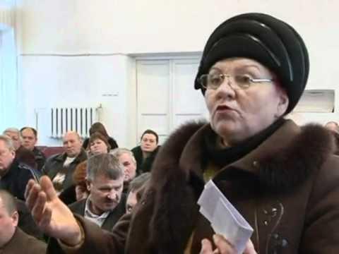 """Губернатор Круглов """"разбирается"""" с селянами"""