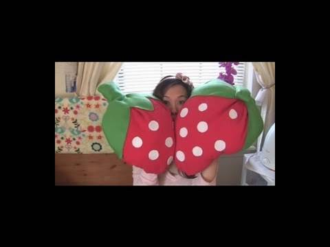 DIY Strawberry Pillows - Fun Valentine's Day Gift