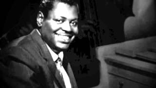 Oscar Peterson Trio: Moonbeams and Polkadots (Around a Pug-Nosed Dream)