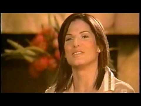 Sandra Bullock - Revealed with Jules Asner (1/5)