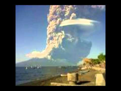 Cosmofobia Cosmophobia Massive Eruption has occurred  at the Sangeang Api Volcano 31/05/2014