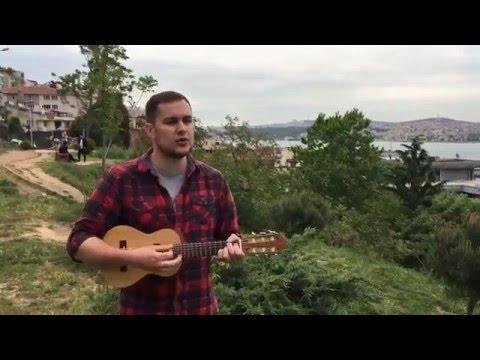 Один в каное – Човен (Guitalele acoustic cover, Istanbul)