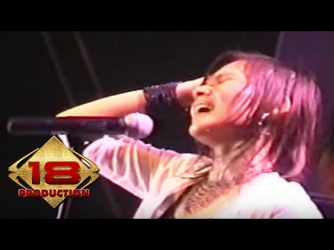 Tere - Awal Yang Indah  (Live Konser Tegal 04 November 2005)
