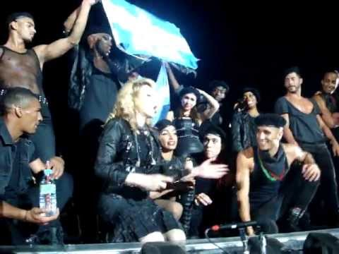 Madonna - Open your heart + blackout (corte de luz) (Córdoba, Argentina 22/12/2012) Golden Triangle