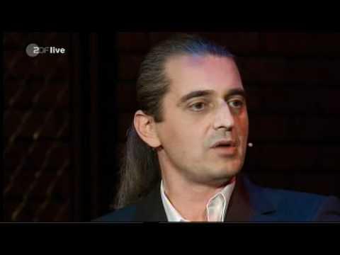 Unterlassene Hilfeleistung | Hagen Rether (Neues aus der Anstalt 08.11.2011)