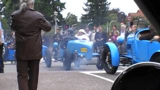 hearing some sound of a Bugatti type 40 while sitting in a Bugatti type 57