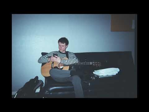 Download  Alec Benjamin - Water Fountain Acoustic Version Gratis, download lagu terbaru