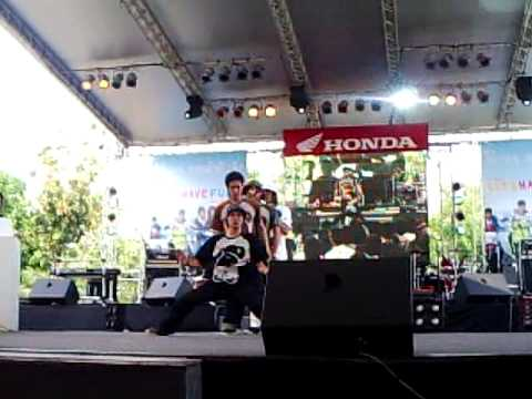 Daresong @ Honda Poppin Dance 2009 [First Place Thailand]