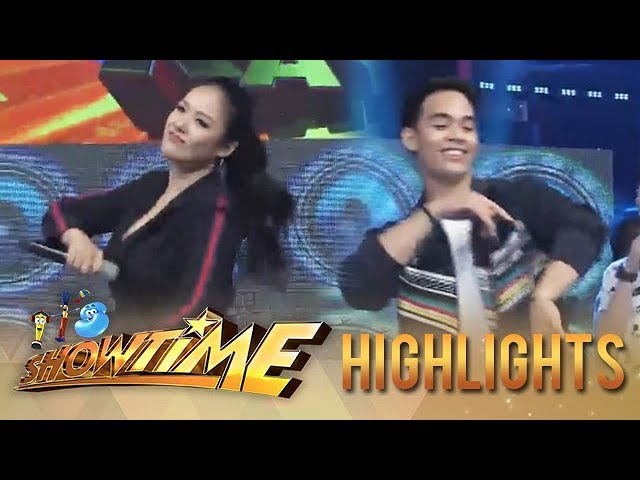 """It's Showtime: Ritz and Diego dance to the """"Taga Saan Ka?"""" dance challenge"""