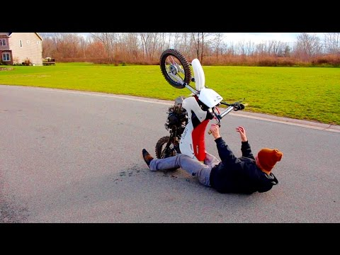 PIT BIKE WHEELIE CRASH!!!