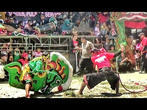 Solah APIK Tari Kuda Kepang Kembar Enam Jaranan Turonggo Wilis Live Mbadug Tanjunganom