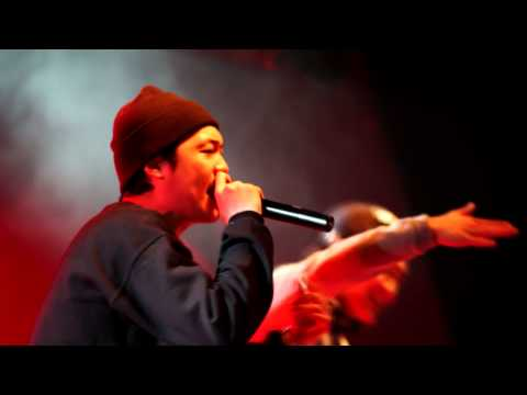 B-Free (feat. Huckleberry P, Paloalto) - Loco 2 [Live Performance]