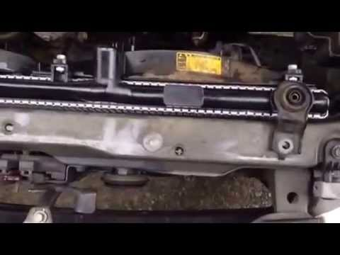 how to replace radiator for toyota camry 2000 97 01. Black Bedroom Furniture Sets. Home Design Ideas