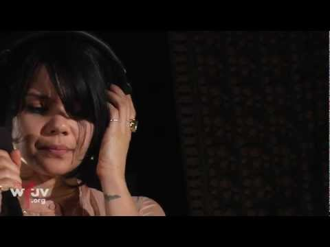 Bat for Lashes - &quot;Laura&quot; (Live at WFUV)