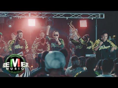 Los Fumancheros - Yo quiero bailar ft. El Pelón del Mikrophone (Video Oficial)