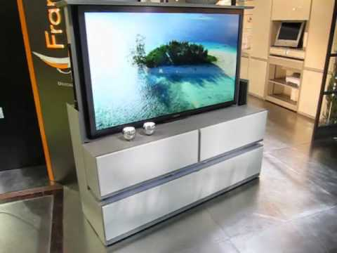 Meuble tv cran plat escamotable t l command fran ois desile youtube - Meuble bas tele ikea ...