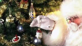 Watch Christmas Carols I Saw Mommy Kissing Santa Claus video
